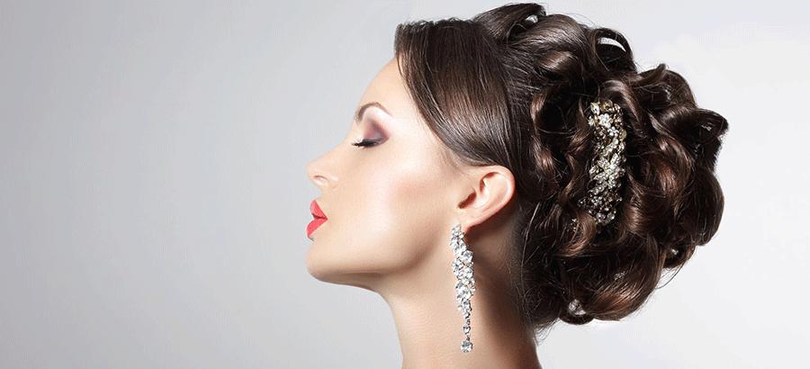 Hair Stylist Ausbildung: sie ist mit ihren Hochsteck-, Flecht-, Abend-, Braut-, Catwalkfrisuren & der Haarverlängerung eine perfekte Qualifizierung.