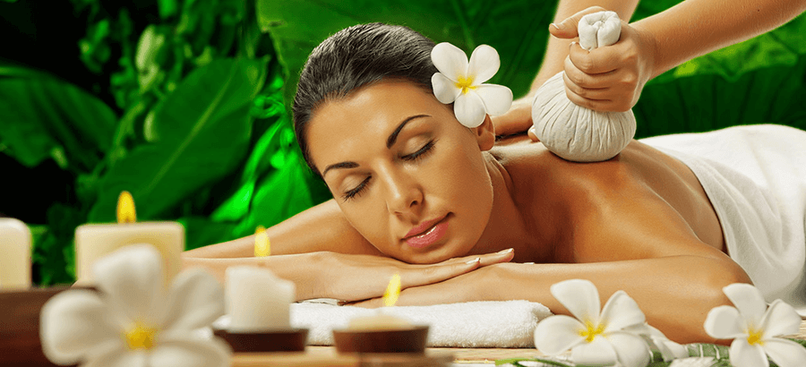 Kräuterstempelmassage Ausbildung: eine außergewöhnliche Massagetechnik mit warmen Kräuterstempel